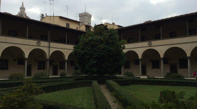 フィレンツェ、3日目、サン・ロレンツォ聖堂〜回廊付き中庭