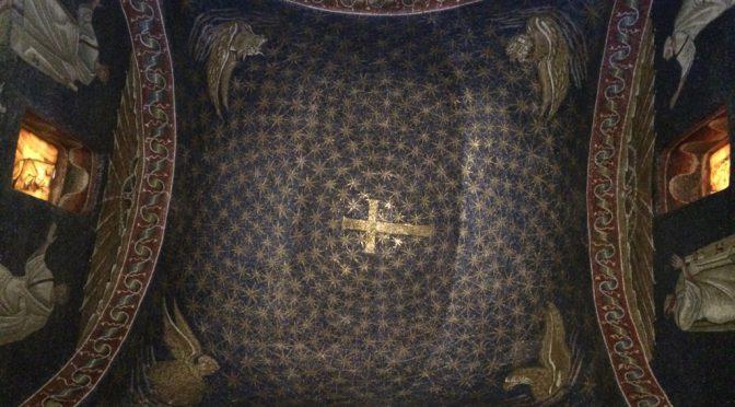 ボローニャ、3日目、ラヴェンナ、ガッラ・プラキディア廟、天井