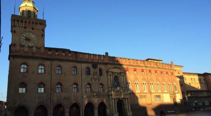 ボローニャ、9日目、朝のマッジョーレ広場