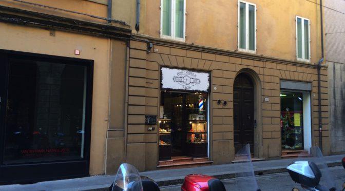 ボローニャ、9日目、Barber Shop Dino Candela'