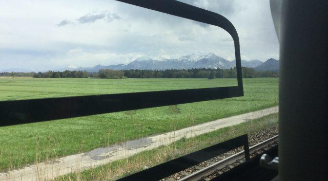 ミュンヘン〜ウィーン、3日目、RJの車窓より、ウンタースベルク山