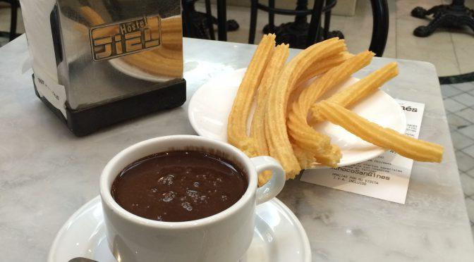 マドリード、5日目、チョコラテリア・サン・ヒネスにて、スペイン流朝食